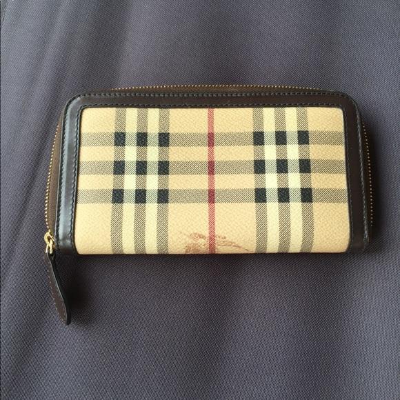 a1f32dc21c Burberry Handbags - Burberry Haymarket Ziggy Zip Around Wallet